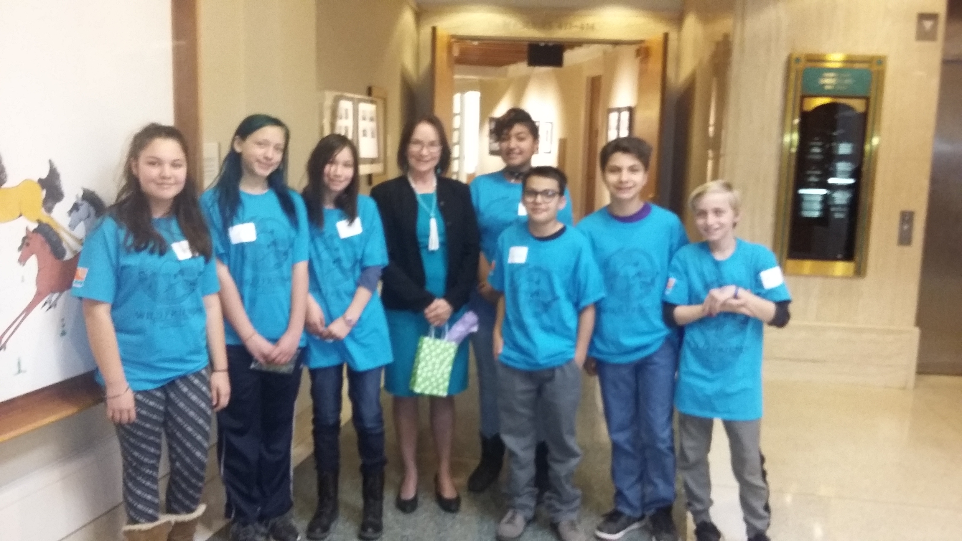 Students from Mt. Mahogany Community School in Albuquerque with Senator Mimi Stewart